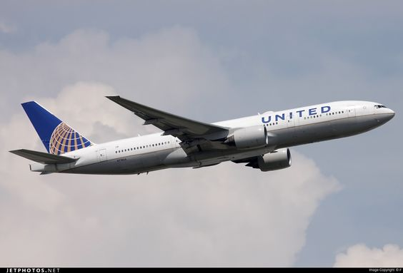 Photo of N774UA Boeing 777-222 by if