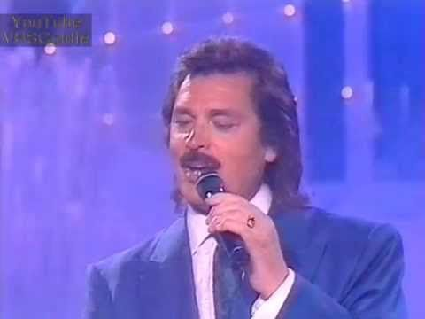 Engelbert Humperdinck - Blue Bayou - 1995 - YouTube