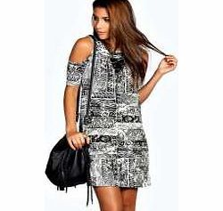 boohoo Adriana Printed Cold Shoulder Shift Dress - Nineties revival reigns supreme with the spaghetti-strap slip dress stealing the what's hot top spot. Feminine, floaty fabrics and floral prints are our fave, with midi lengths a must-have. Go boho in http://www.comparestoreprices.co.uk/dresses/boohoo-adriana-printed-cold-shoulder-shift-dress-.asp