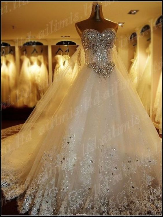 Crysta Sweetheart Organza A Line Shine Long Train Applique Lace up Wedding Dress