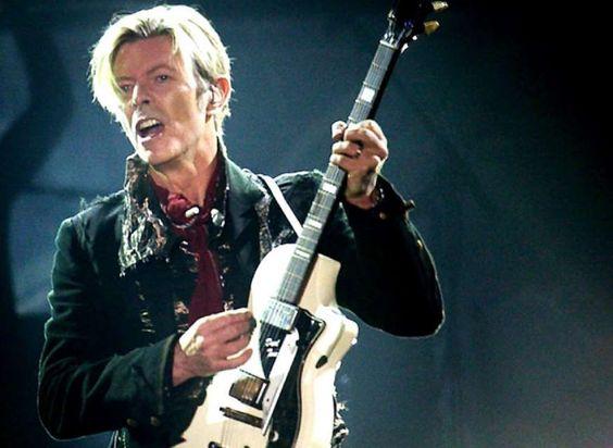 """""""Achter het podium stortte Bowie meteen in, hij was op"""""""