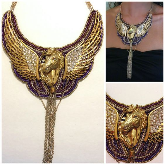 """Neckpiece""""飛馬"""",串珠項鍊聲明,紫色,仿古黃銅,施華洛世奇水晶,奧地利水鑽,種子珠,鏈流蘇"""