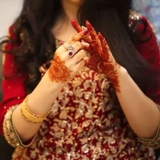 Mehndi Hands For Dp : Bride dpzz pinteres