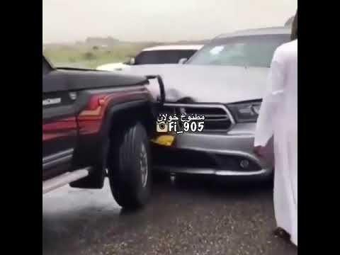 حادث شاص Sports Car Car Vehicles