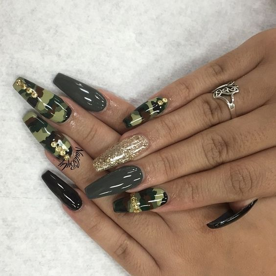 User profile instagrin camo design and gold long coffin nails