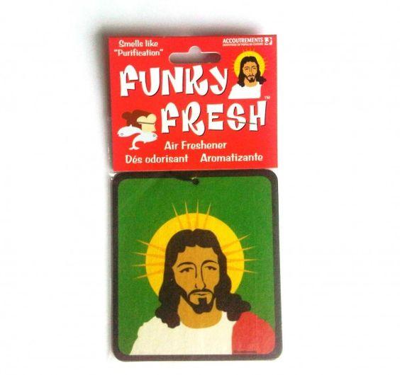 """""""Funky Fresh Jesus / Jezus Luchtverfrisser""""  Alsof er een kalmerend zeebriesje door je auto waait... ohnee; het is je Funky Fresh Jesus Air Freshener die waanzinnig cool aan je binnenspiegel hangt! It smells like Purification...! www.teitloos.nl"""