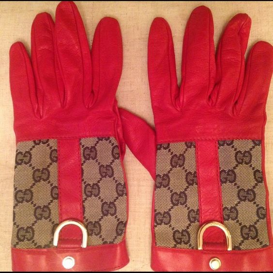 SALE!! Gucci Red Leather Gloves✨ NEW!! Red leather Gucci gloves with signature GG canvas & gold detail. Perfect condition. From non smoking, pet free home ✨NO TRADES-NO PP✨ Gucci Accessories Gloves & Mittens