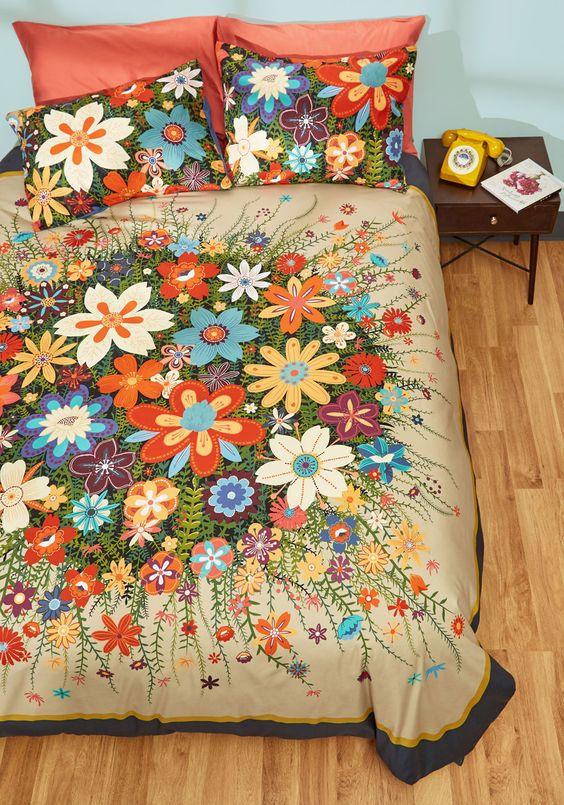 exploding floral print duvet