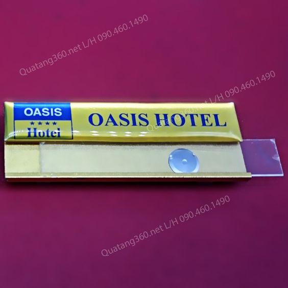 Thẻ nhân viên khách sạn oasis hotel
