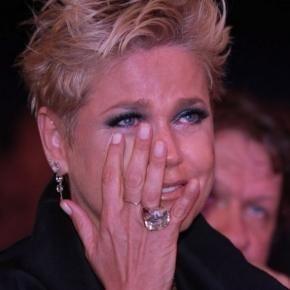 Xuxa pede respeito e Junno gratidão