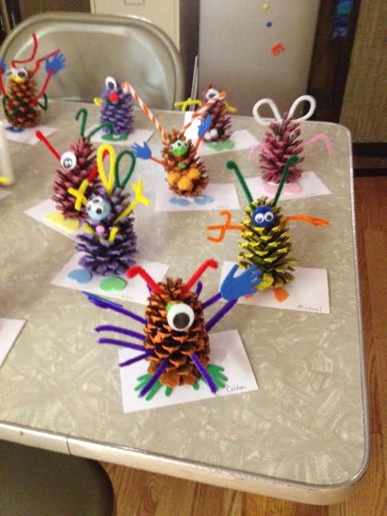 Pine cone monsters kids crafts pinterest pine cones for Pine cone craft ideas