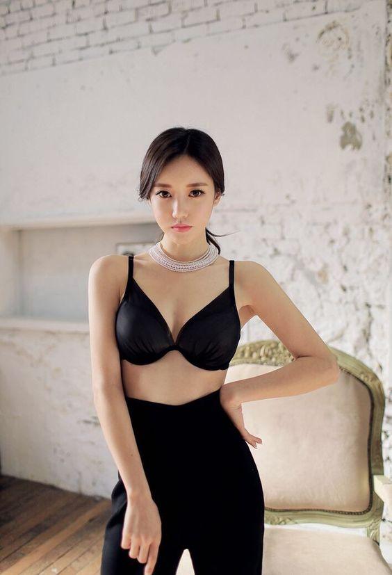 Korean girl sexy body sexy lingerie temptation .......