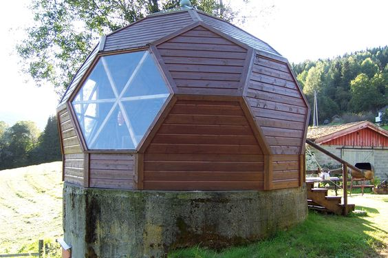 Pin by jeppe rugholm on dome house pinterest - Casas de madera y mas com ...