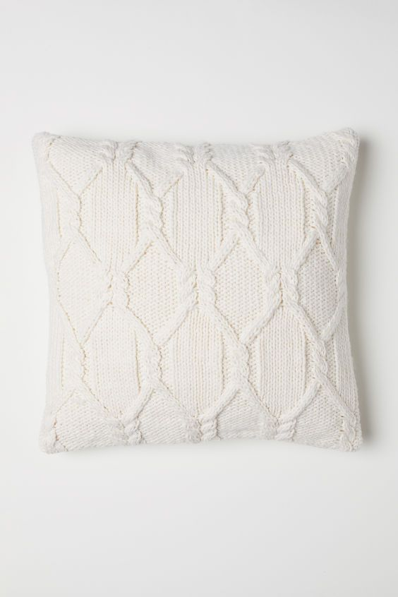 Cable Knit Cushion Cover White Home All H M Us Knitted Cushions Knitted Cushion Covers Cushion Cover