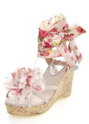 Now spring is around the corner, its time to spice up wardrobe with sexy unique discount sandals.  Search & buy on this app http://apps.facebook.com/theshoesstore/