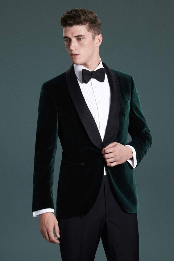 A Dark Green Velvet Dinner Jacket With Black Lapels And Black Pants In 2020 Velvet Dinner Jacket Wedding Suits Men Tuxedo For Men