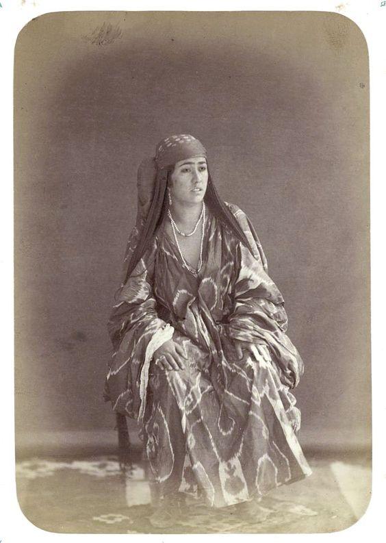 Uzbek woman: