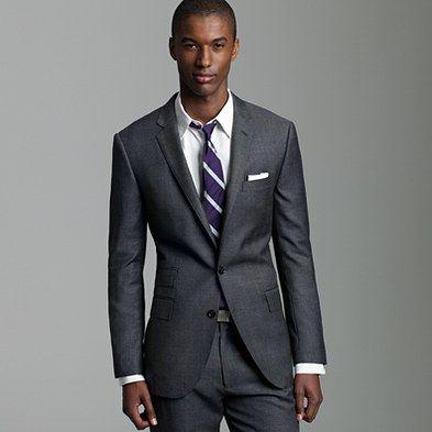 Terno slim 2 botões chumbo + gravata roxa by J.Crew: