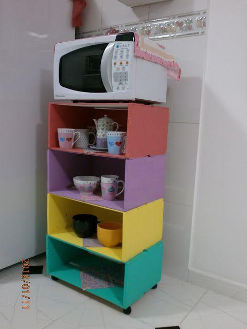 mesa de cozinha com caixotes