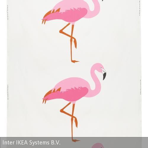 Meterware von Ikea mit Flamingo-Motiv aus 100 Prozent Baumwolle, designt von Maria Vinka.