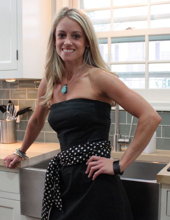 Rehab addict nicole curtis google search nicole curtis for Rehab addict net worth
