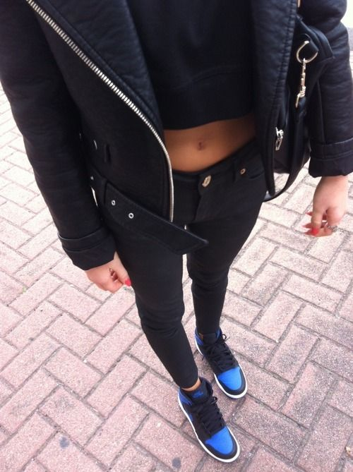 erica mohn kvam | Girls sneakers outfit, Fashion, Blue jordan 1 ...