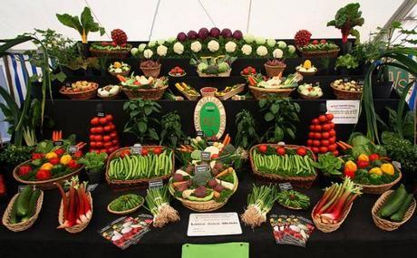 Tafel met fruit en groente