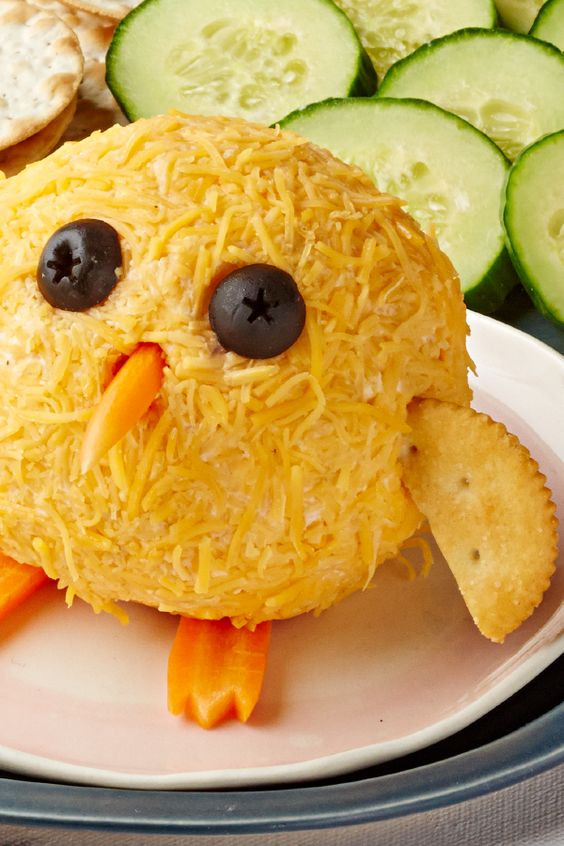 Baby Chick Bacon Cheese Ball – Start your Easter party out right with this spring-inspired appetizer featuring PHILADELPHIA Cream Cheese & OSCAR MAYER Bacon. With only 10 minutes of prep time needed, this adorable cheesy recipe will be the hit of the event.: