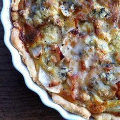 Quiche mit Fenchel, Birnen, Käse und karamellisierten Walnüssen - develloppa #ichbacksmir #quiche
