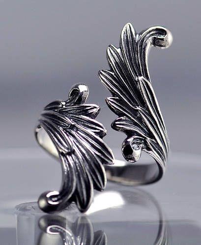 wings rings and wings on