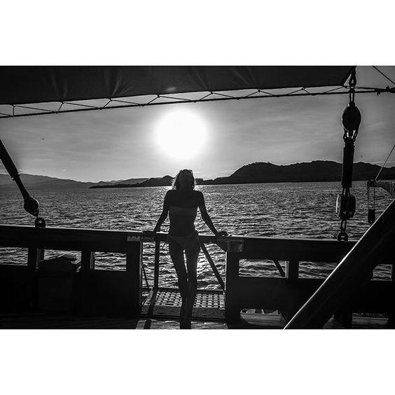 2015  #alivla #alivla #alinavlasova #alinavlasovaphotography  #leicacamera #leica #leicam #leicaworld #leicalove #leicacraft #leica_official #leicaphotography #leicarussia #bw #bwedition #monochromephotography #blackwhitephotography #bali#LeicaCamera #bw #shoot #photoshoot #photograher #photography #bnw_life #summilux #leicasphere