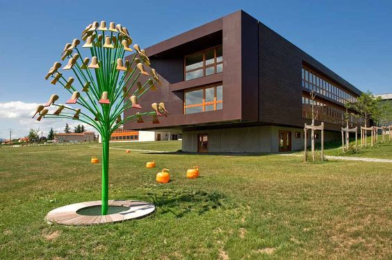 Árboles para el Instituto Germaine Tillion / Trees for the Germaine Tillion High School - Archkids. Arquitectura para niños. Architecture for kids. Architecture for children.