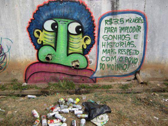 """Entre 2005 e 2012, mais de 800 favelas foram atingidas por incêndios em São Paulo. A Favela do Moinho, no centro da cidade, sofreu com dois incêndios entre dezembro de 2011 e setembro de 2012, destruindo duas áreas da comunidade e deixando 480 famílias desabrigadas. Os incêndios ocorreram no final da gestão Kassab e durante...<br /><a class=""""more-link""""…"""