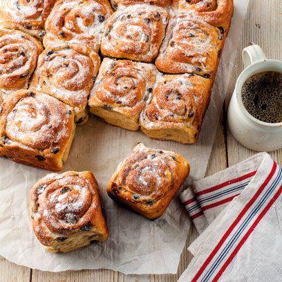 Chelsea Buns (British Cinnamon Rolls With Raisins) Recipe — Dishmaps