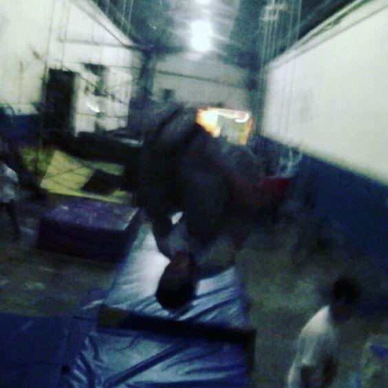 Training de ayer en zero #parkour #freerunning #traceur #training #gopro #explore #pk #pov #frontflip by mauro.garces.14