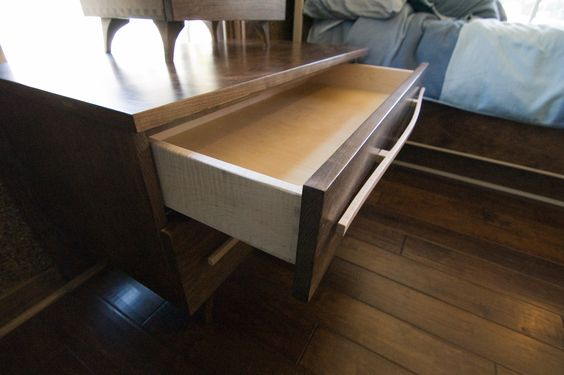 Bedroom set side table with maple drawers