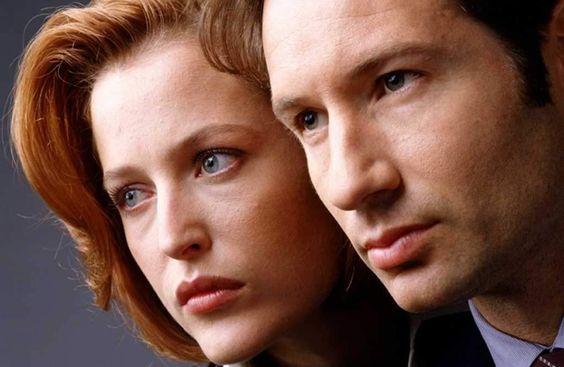 The X-Files - Scully, Mulder y los marcianitos ... y una tensión sexual nunca resuelta :D