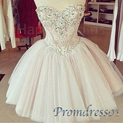 High waist short prom dress, ball gown 2016, sweetheart dress for teens, strapless tulle homecoming dress with rhinestones www.promdress01.c... #promdress #coniefox #2016prom