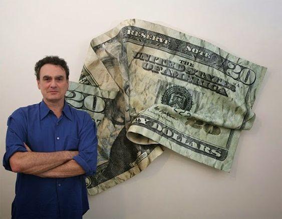 Des dollars sculptés par Paul Rousso Photo