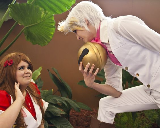 Bee and PuppyCat Cosplayers: fwips and gamie