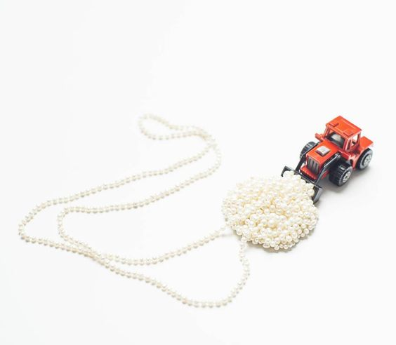 reka lorincz -  Full Cargo - necklace      #wearableart #pearl #girlpower #truck   #woman #wear