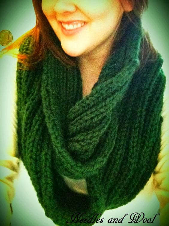Infinity Scarf Knitting Pattern Bernat : Chunky wool, More photos and Infinity on Pinterest