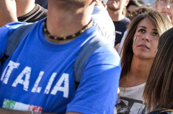 Bola.net: Suporter Elok Piala Dunia 2014: Italia