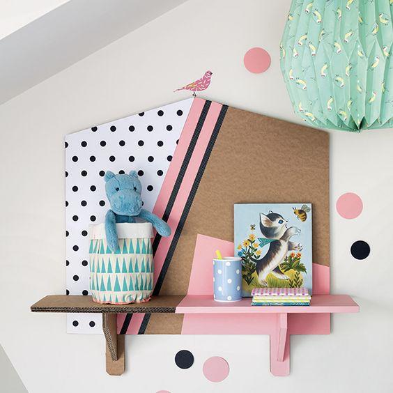 Une étagère murale en carton DIY | Shake My Blog