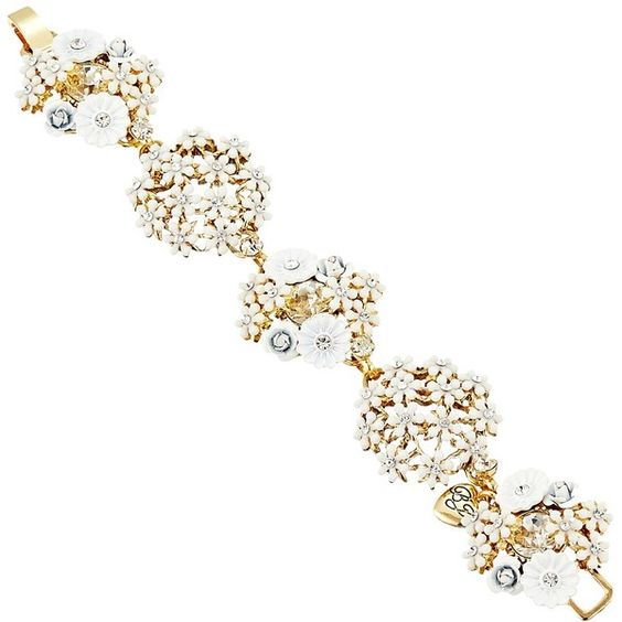 Betsey Johnson Dream of Betsey Flower Link Bracelet (White) Bracelet ($75) ❤ liked on Polyvore featuring jewelry, bracelets, white jewelry, clasp charms, betsey johnson jewellery, flower jewelry and betsey johnson bangle