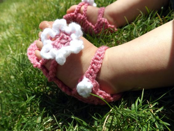 Pink and White Flower Baby Sandals by AbigailsAttic112 on Etsy