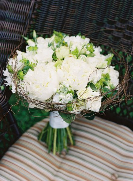 Wedding Photography: Karen Wise Photography / Floral Design: Engaging Floral Designs