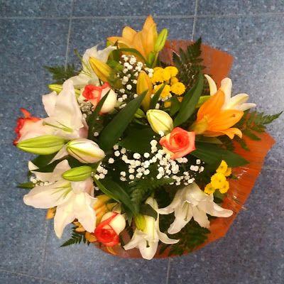 latiendadelasflores.es Un ramo de flores para regalo enviado por la flori