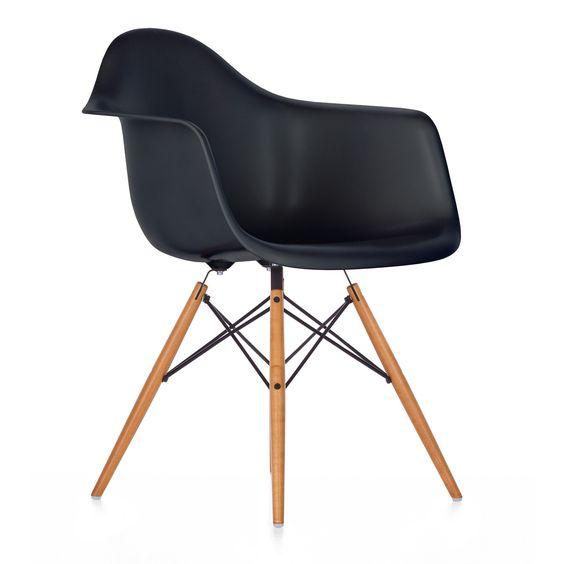 Eames Plastic Armchair DAW, 1950 | Charles & Ray Eames