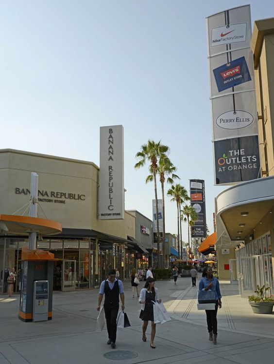 The Outlets at Orange (Calvin Klein, Carter's, Converse, DKNY, Forever 21, Guess, Game Stop, Hurley, Nike, Puma, Tommy, VS, Gymboree, Johnny Rockets, Starbucks, TGI Fridays)